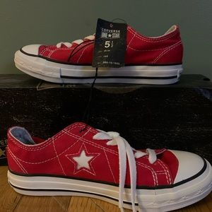 "Women's Converse ""One Star"" Sneakers"
